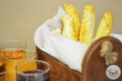 Кофе-брейк с закусками для семинара от выездного кейтеринг ресторана «Yaris Catering»06