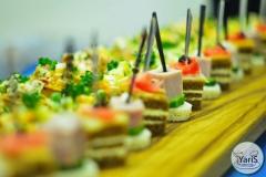 Кофе-брейк с закусками для семинара от выездного кейтеринг ресторана «Yaris Catering»07