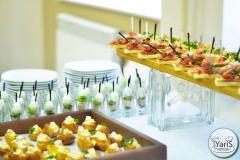 Кофе-брейк с закусками для семинара от выездного кейтеринг ресторана «Yaris Catering»13