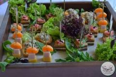 Солнечный пикник на День Рождения от выездного кейтеринг ресторана «Yaris Catering»08