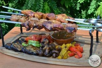 Банкет - блюда - выездной кейтеринг ресторан «Yaris Catering» 11