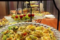 Фуршет после конференции от выездного кейтеринг ресторана «Yaris Catering» 06