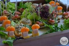 Солнечный пикник на День Рождения от выездного кейтеринг ресторана «Yaris Catering»09
