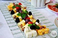 Уютный День Рожденья дома от выездного кейтеринг ресторана «Yaris Catering»03